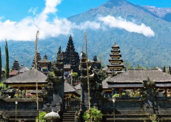 Bali Hiking – Mount Agung Via Besakih Temple