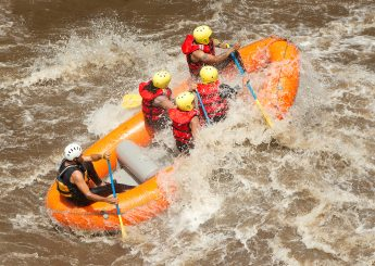 Rafting 7 km  Sungai Cisadane, Bogor  Plus Villa