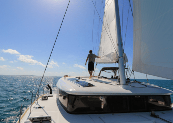 Bali Sailing & Snorkeling Sewa Kapal Catamaran Zc 12 M