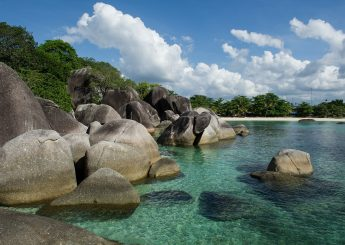 0812 9393 9797, Belitung Water Sport 3h2m Including Snorkeling & Banana Boat Plus Accommodation (Hotels)