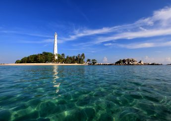 Belitung Water Sport 4h3m Including Snorkeling & Banana Boat Plus Accommodation (Hotels)