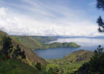 Explore Lake Toba 4h3m Including Medan, Samosir, Berastagi, Taman Simalem Resort Plus Accommodation (Hotels)