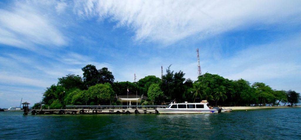 Paket Wisata Pulau Untung Jawa