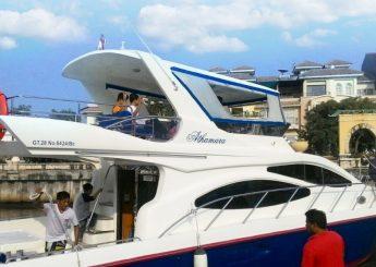 Berlayar ke Pulau Seribu dengan Kapal Artamara